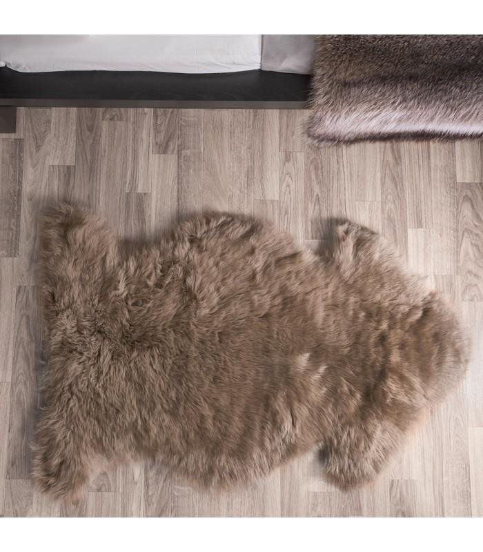 Paco Sheepskin Rug (2x3.5 ft)