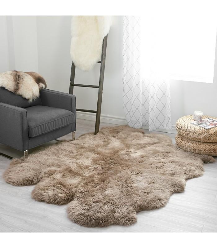 Large Paco Sheepskin Rug - 6-pelt Sexto(5.5x6 ft)