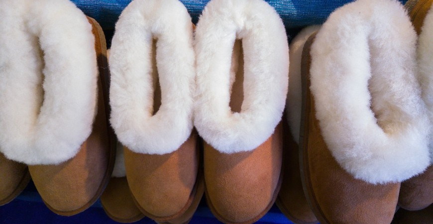 The benefits of sheepskin slippers in everyday use